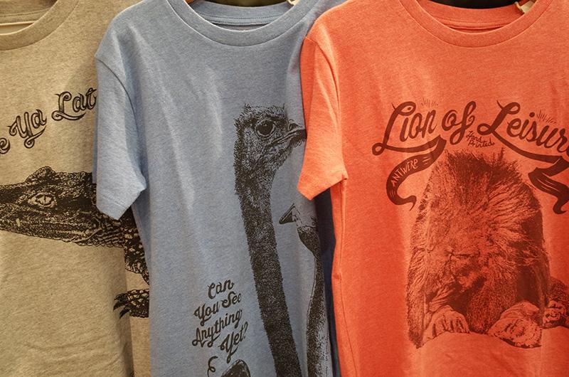 ベルギーのブランド「ライオン・オブ・レジャー」の動物柄Tシャツ。