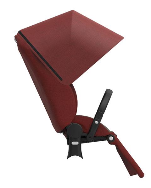 ラックスシート ¥45,360 重量:約12kg(フレーム装着時) 使用期間:生後1ヶ月~4歳頃(体重17kg)まで